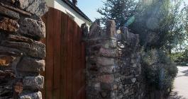 the gate of a cottage on west street in liskeard